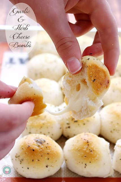 Garlic & Herb Cheese Bombs | Love Bakes Good Cakes