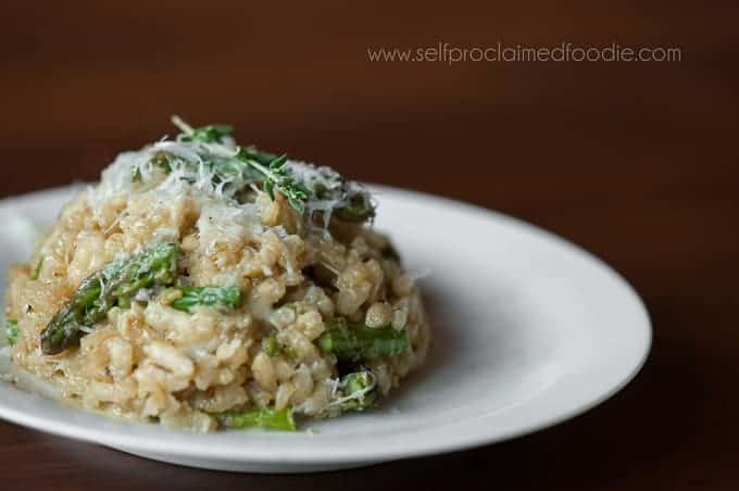 asparagus-risotto-with-pecorino-romano-featured