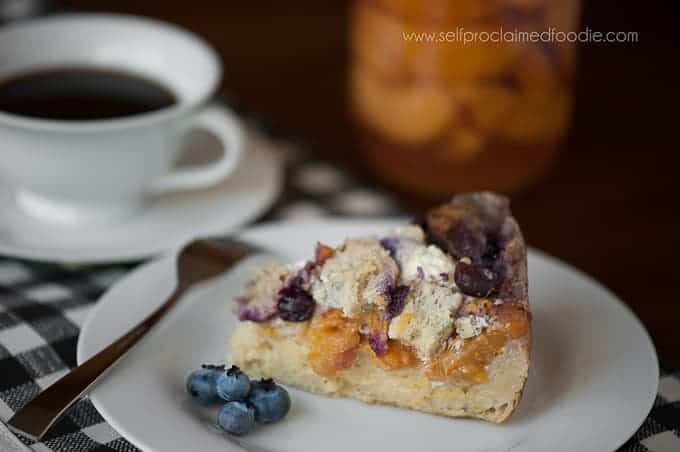 campfire-blueberry-peach-french-toast-featured