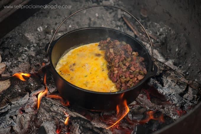 campfire-breakfast-skillet-featured