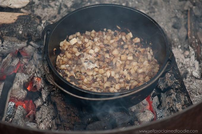 campfire-breakfast-skillet-potato
