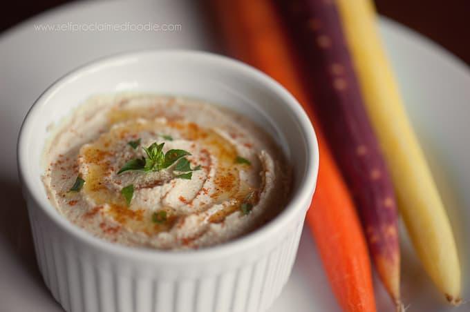 homemade-hummus-side