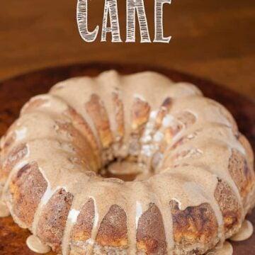 butternut squash bundt cake with cinnamon glaze