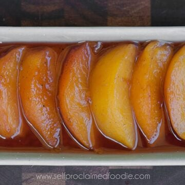 Vanilla Wine Poached Peaches | Self Proclaimed Foodie