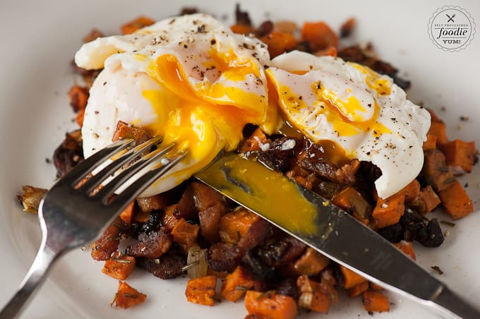 poached-eggs-sweet-potato-hash-bite
