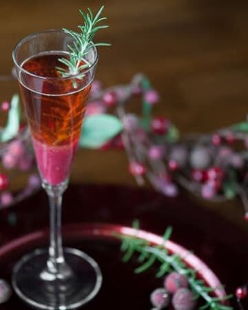 This refreshing and delicious Cranberry Pear Moscato is the quintessential cocktail this holiday season.