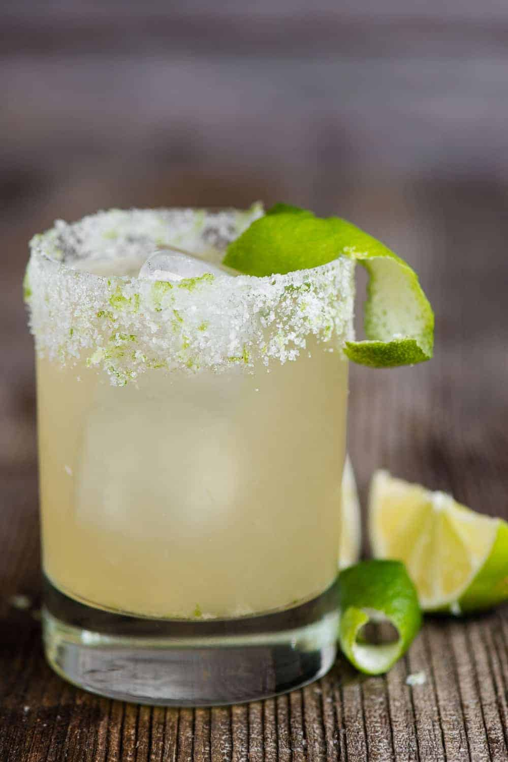 how to make a silver tequila classic margarita