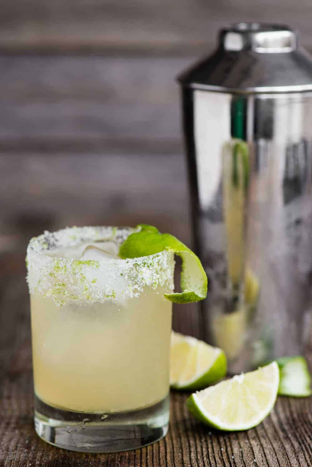 classic margarita with fresh lime