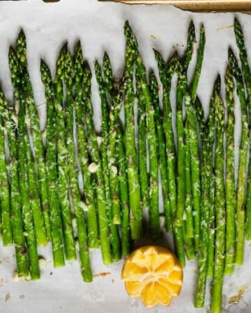 How to make Garlic Parmesan Roasted Asparagus