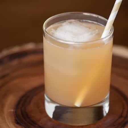 Apple Ginger Bourbon Delight is a refreshing and easy to make cocktail that is perfect for any occasion.