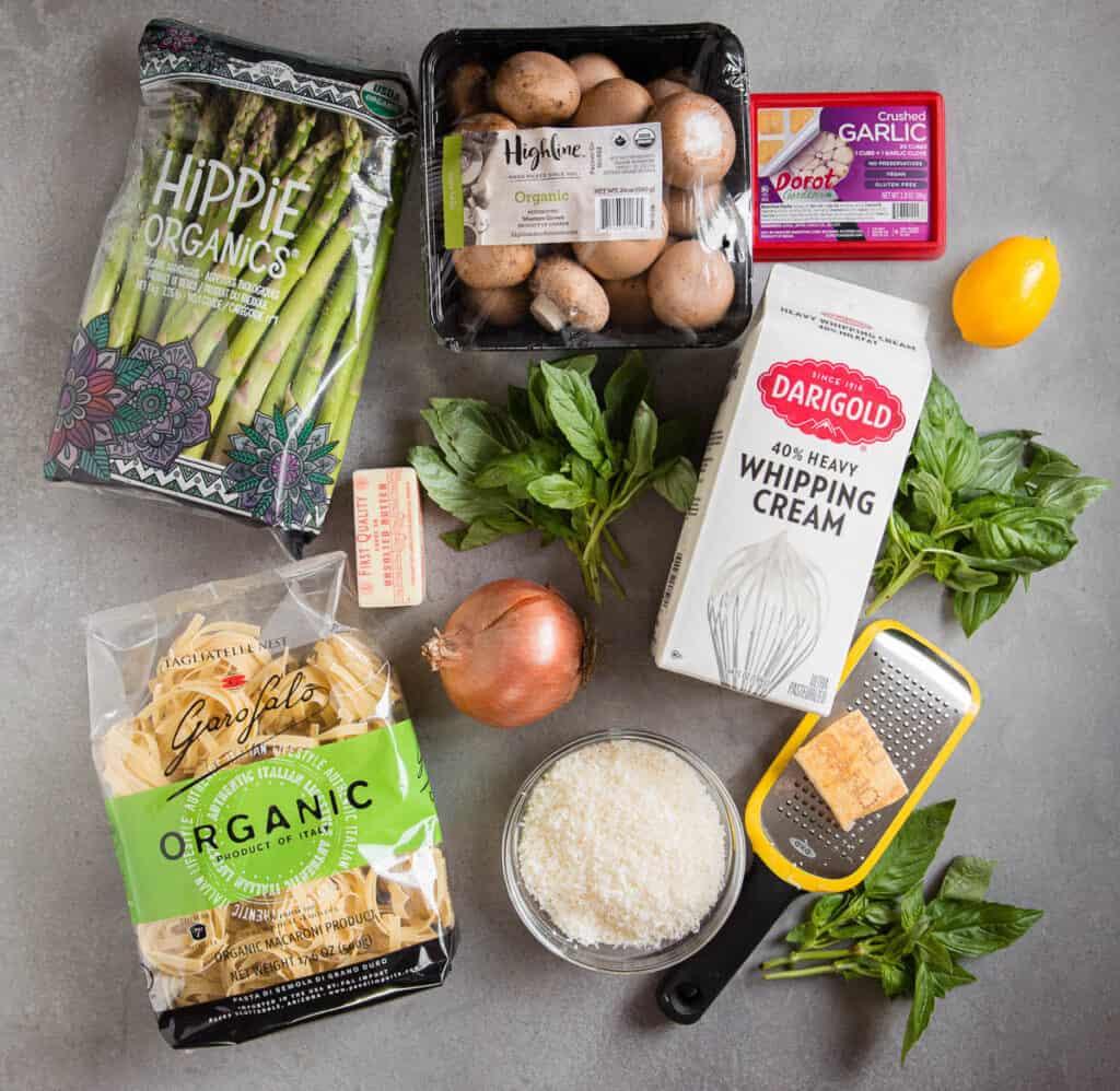 ingredients to make Asparagus Mushroom Fettuccine Alfredo