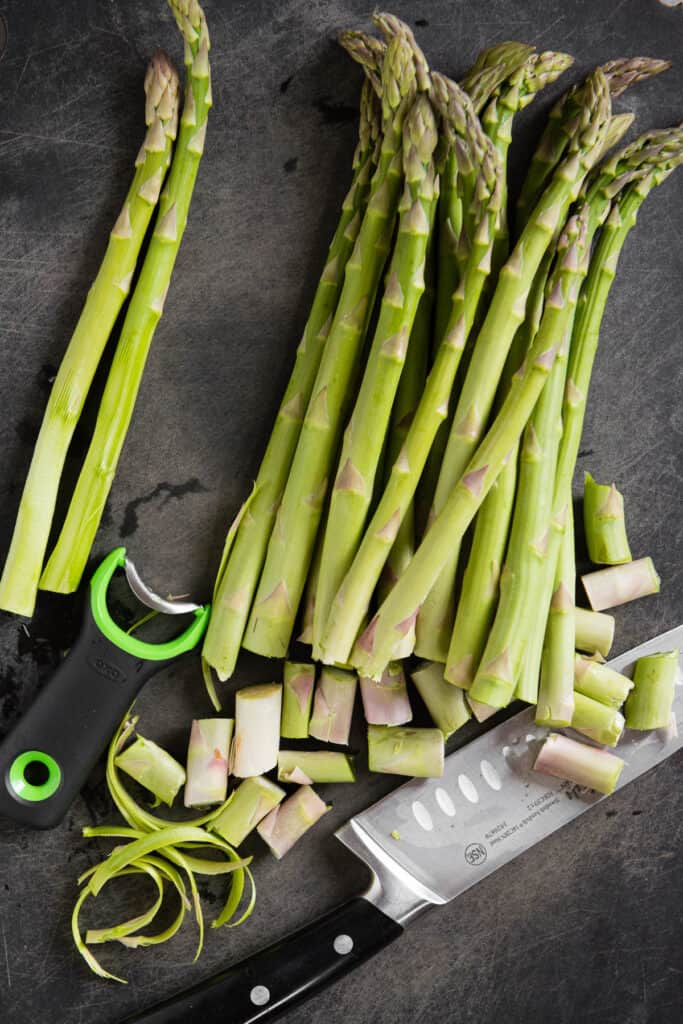 fresh asparagus spears with ends trimmed