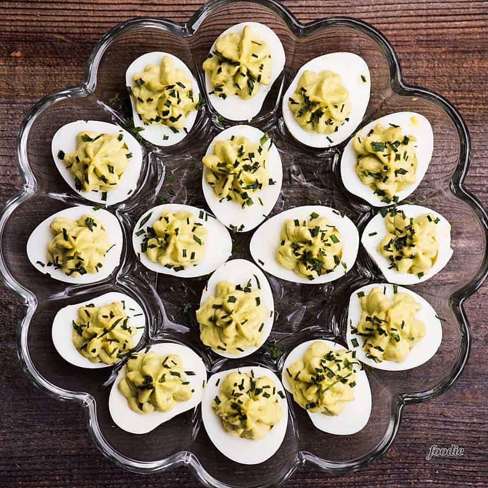 Recipe for deviled eggs with avocado