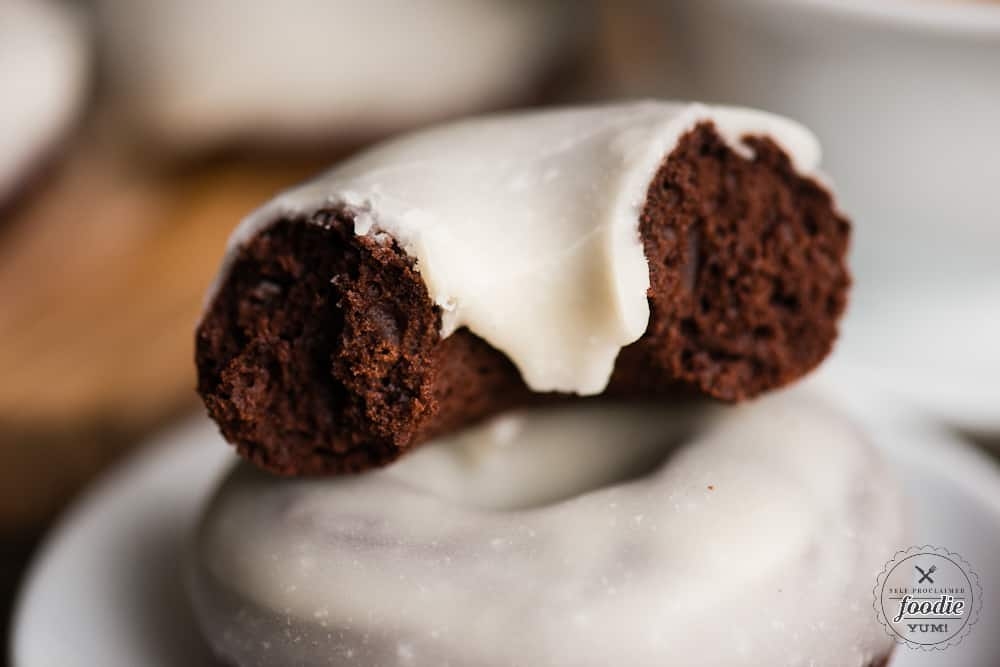 Recipe for Baked Chocolate Glazed Donuts