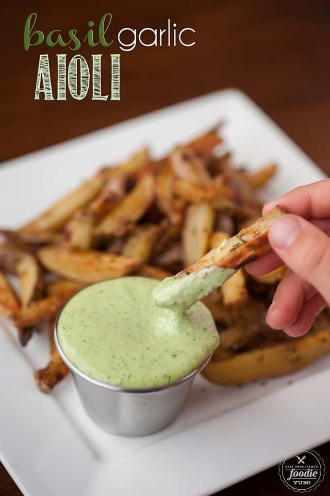 Basil Garlic Aioli sauce made from scratch