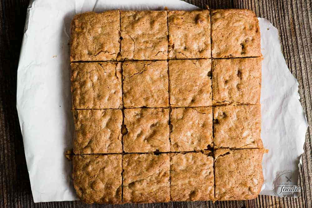 pan of blondies cut into 16 squares