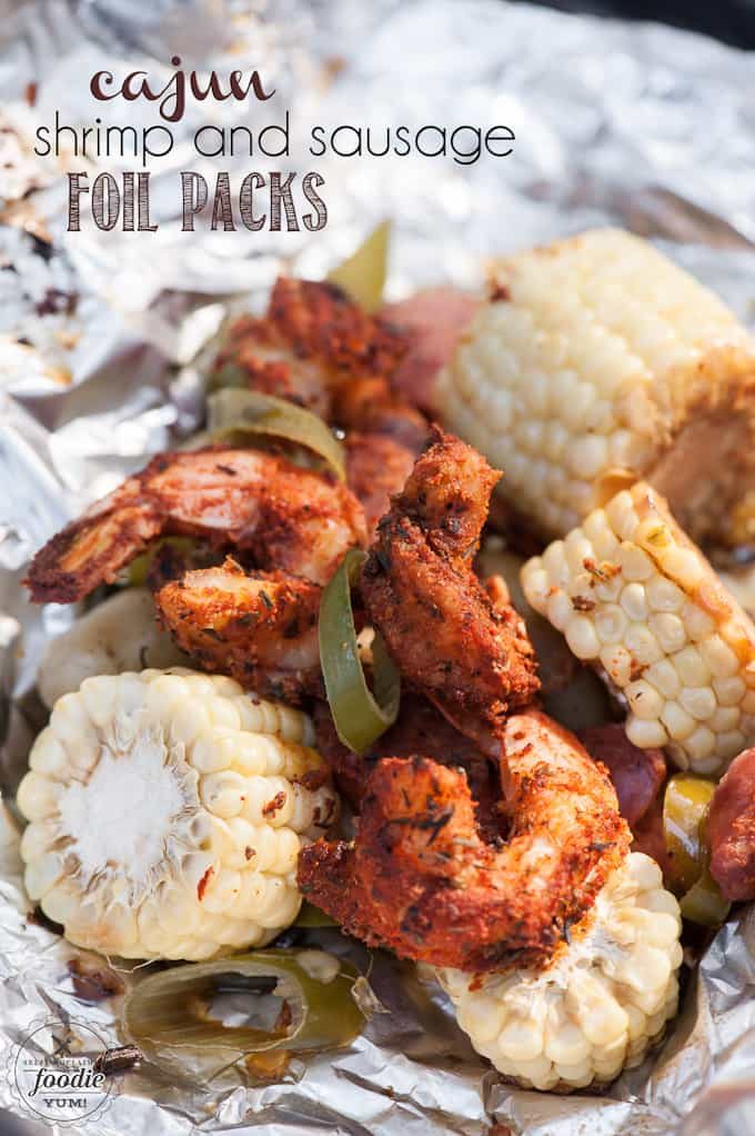 If you're looking for a tasty meal that's easy to make, grill up these Cajun Shrimp and Sausage Foil Packs for a satisfying dinner without the mess!