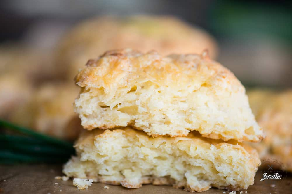 how to make cheddar biscuits