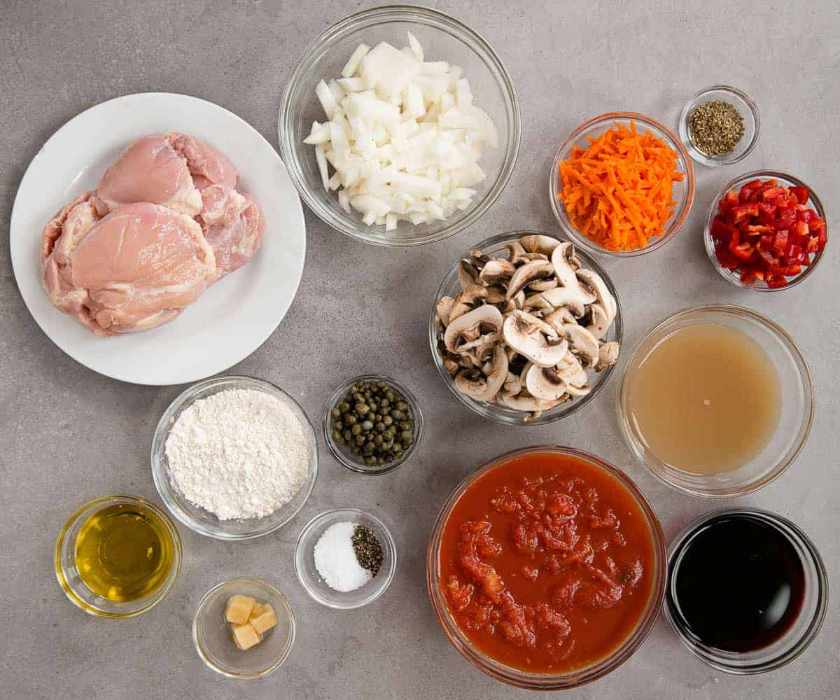 ingredients needed to make homemade Chicken Cacciatore