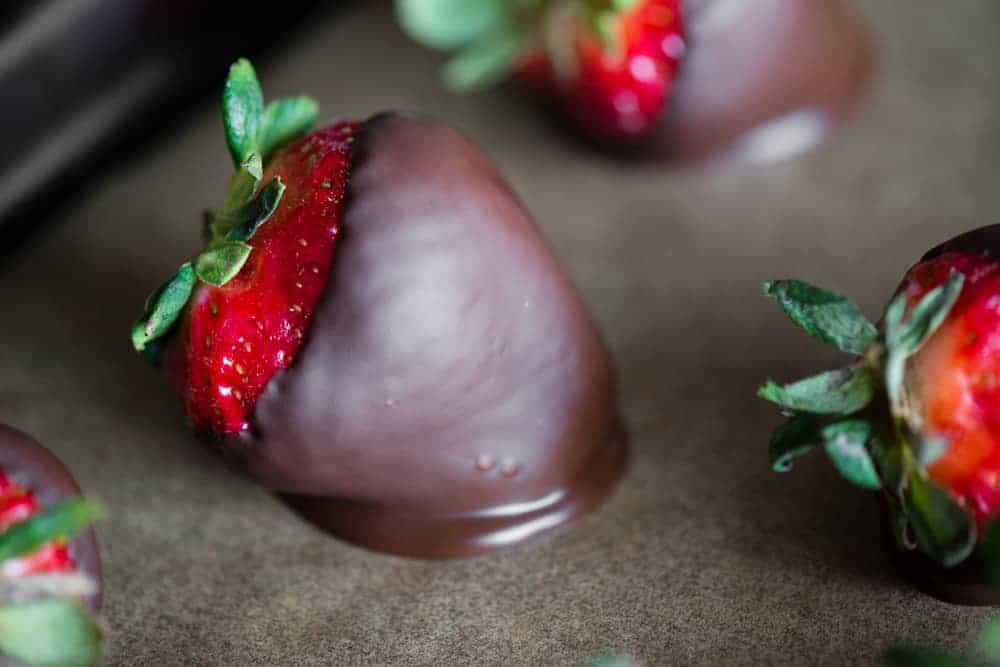 chocolate covered strawberries made in microwave