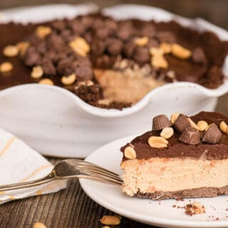 peanut butter and chocolate pie slice