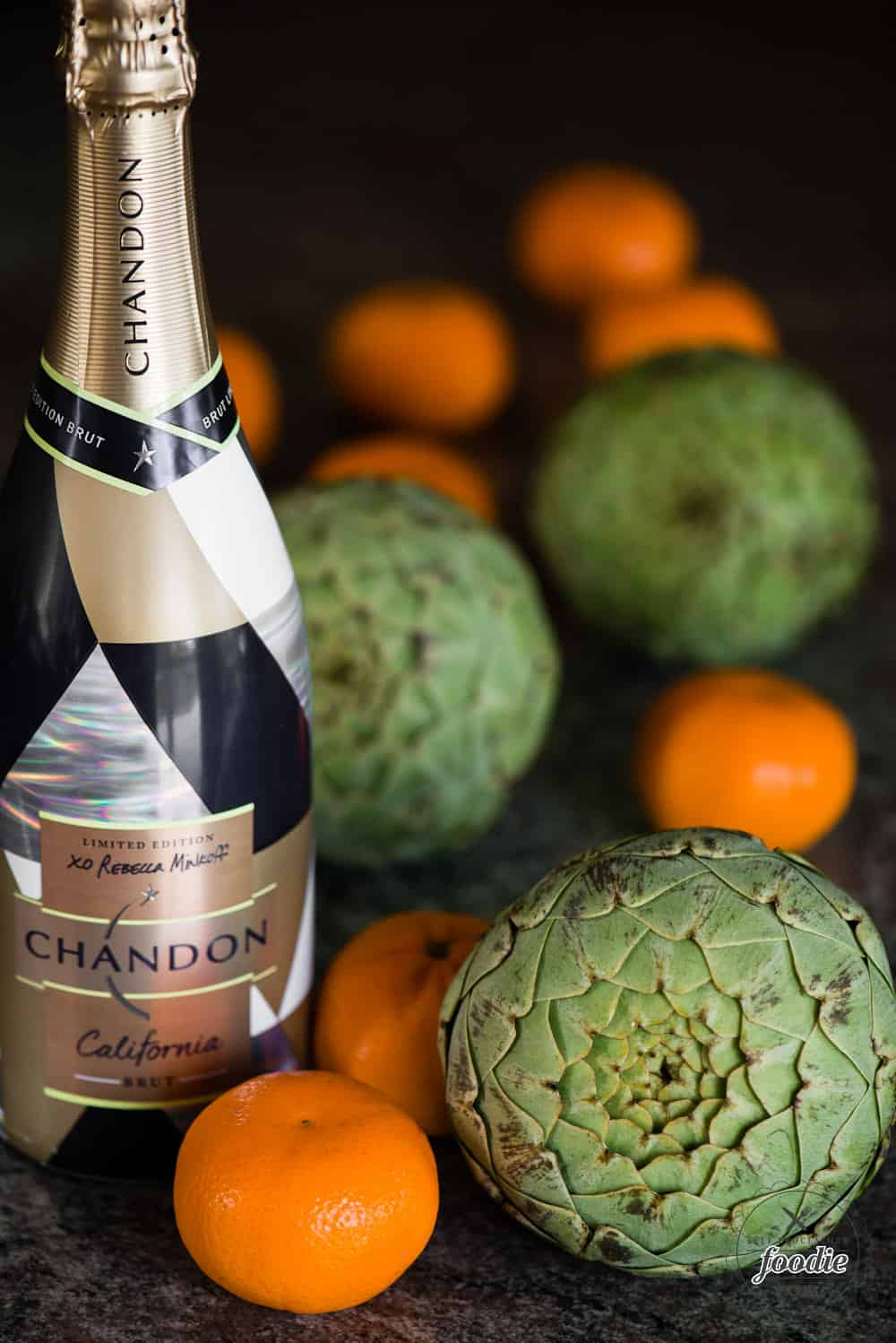 How to steam artichokes in orange juice and champagne