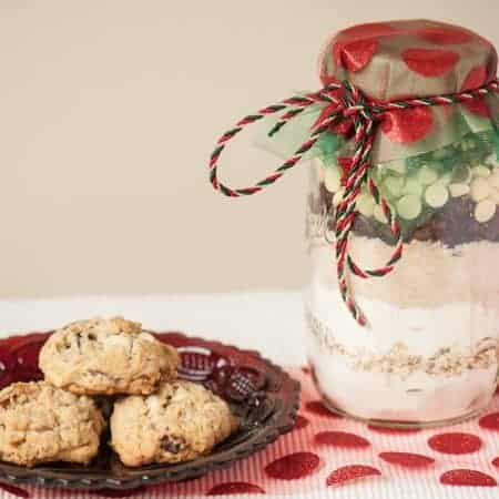 Cranberry White Chocolate Mason Jar Cookie Kits are fun homemade gifts that beautifully display the dry ingredients of a tasty holiday cookie.