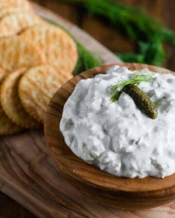 how to make easy dill pickle dip