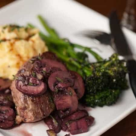Create a delicious and sophisticated dinner when you make this mouthwatering Fillet Mignon with Malbec Mushrooms.