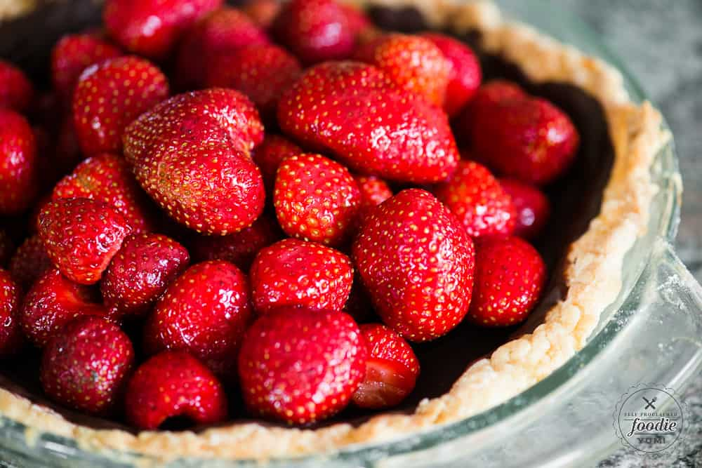 Making a fresh strawberry pie