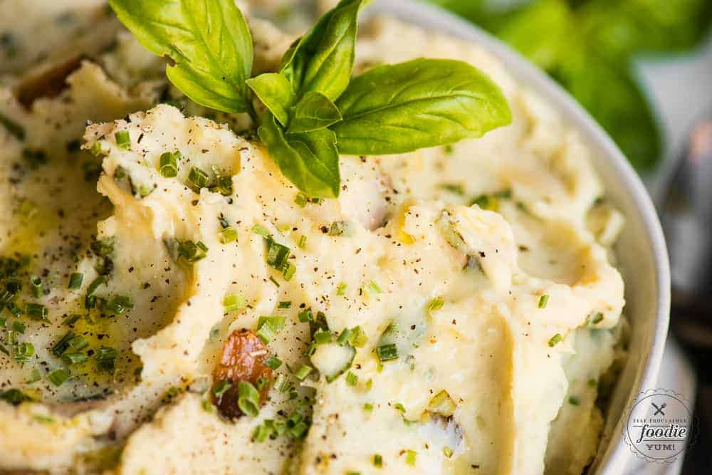 how to make garlic herb mashed potatoes