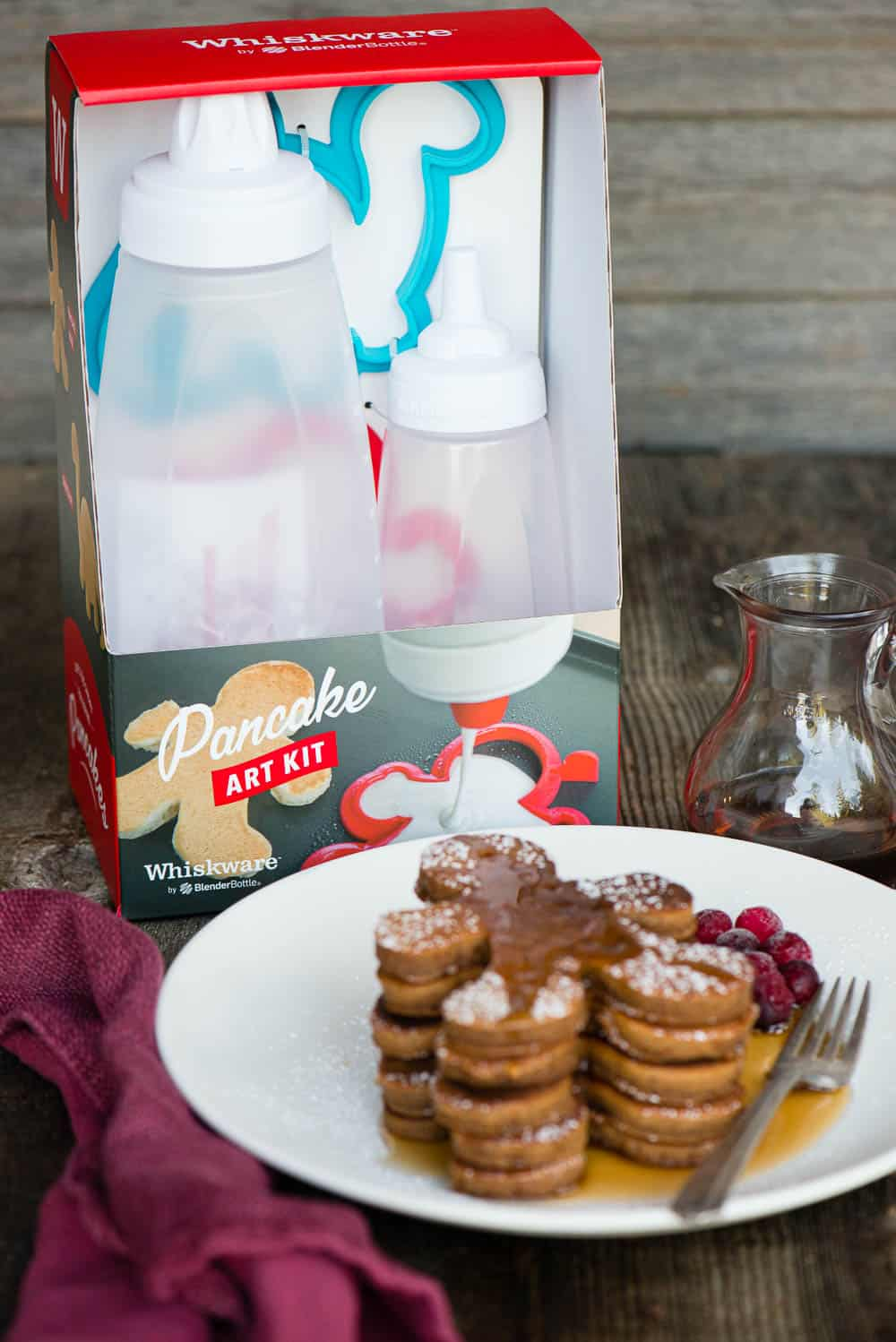 how to make gingerbread flavored pancakes using pancake art kit