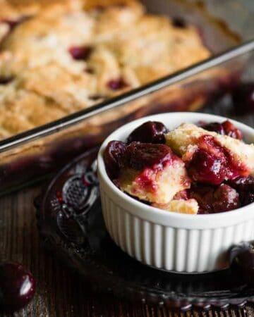 how to make gluten free cherry cobbler
