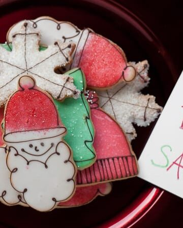 No Christmas season is complete without these mouthwatering Holiday Sugar Cookies that are not too soft, not too crisp, perfectly sweet, and loved by all.