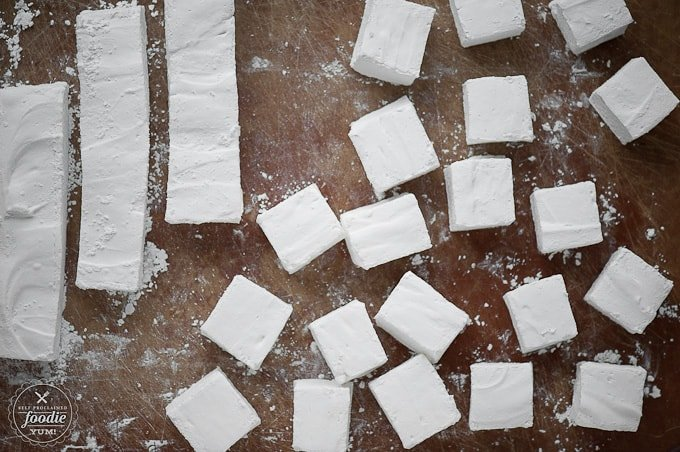 Homemade Peppermint Marshmallows | Self Proclaimed Foodie
