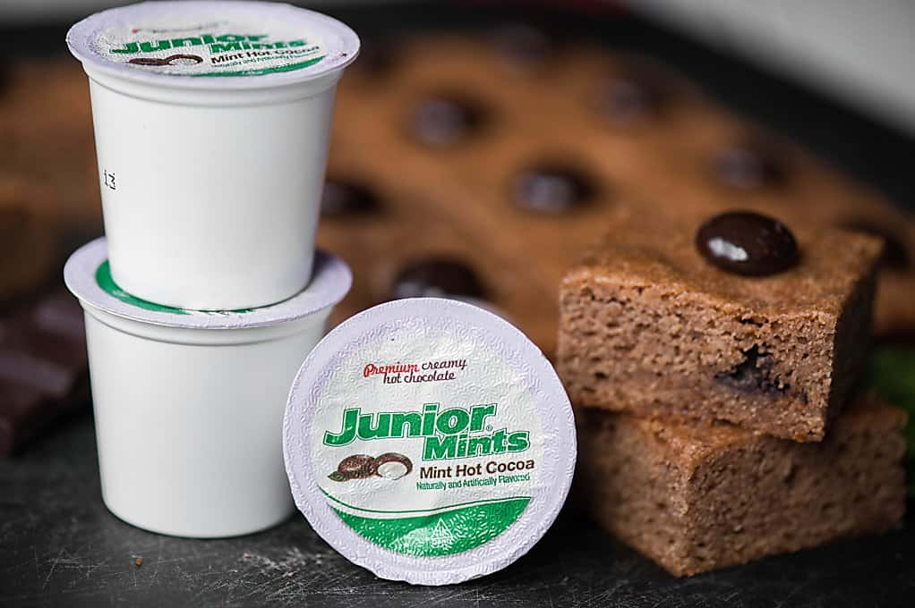 Few things go better together than mint and chocolate. Combine the best of both worlds and make these Junior Mint Hot Chocolate Brownies for dessert!