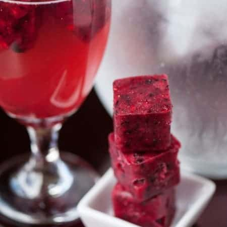 Lemon Berry Cubes are super easy to make and are the best way to plan ahead to enjoy some delicious berry lemonade or any other citrus berry cocktail.