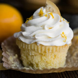 lemon cupakes with mascarpone frosting