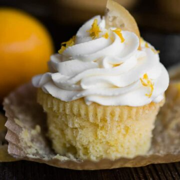 lemon cupakes with mascarpone frosting