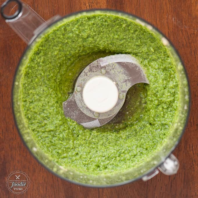 I took my traditional pesto recipe that uses pine nuts and parmesan cheese and with a couple substitutions made this delicious Macadamia Gouda Pesto.