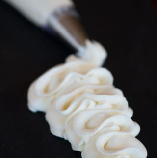 Mascarpone recipes. How to make mascarpone frosting.
