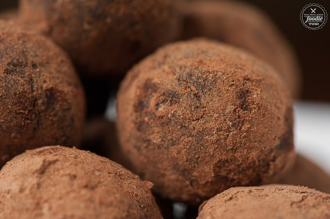 Mexican Chocolate Truffles | Self Proclaimed Foodie