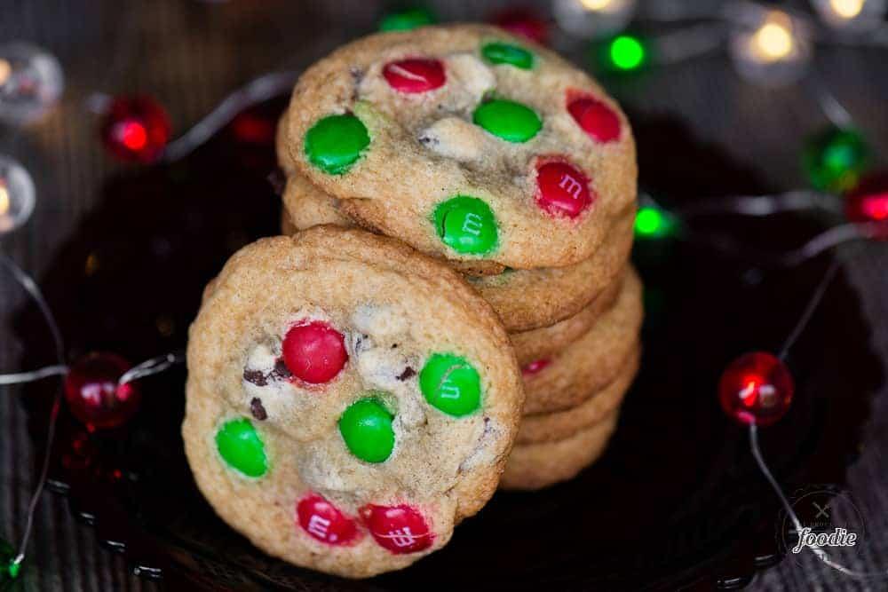 M&M Cookies {Christmas Cookie Recipe} | Self Proclaimed Foodie