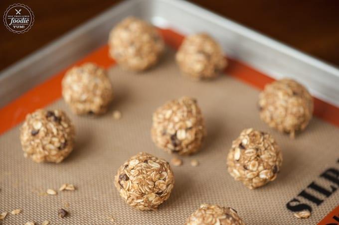 raw oat balls with sunflower butter