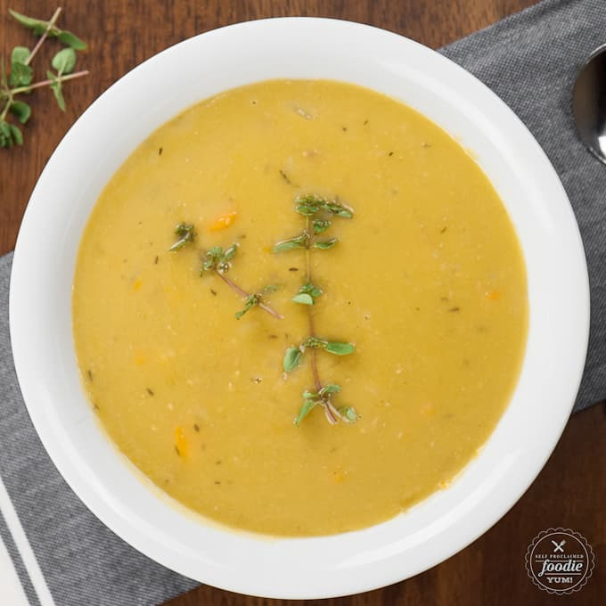 In 40 minutes, your electric pressure cooker can transform frozen smoked ham hocks and dried split peas into the most delicious and healthy PRESSURE COOKER SPLIT PEA SOUP!
