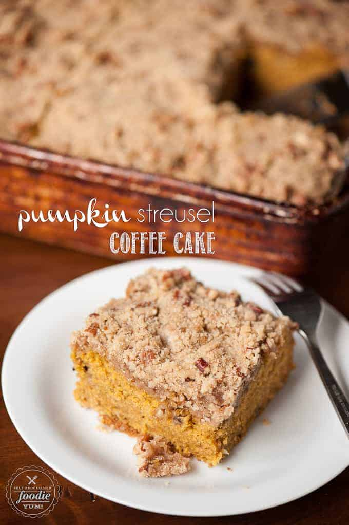 A piece of cake on a plate, with Pumpkin and Streusel