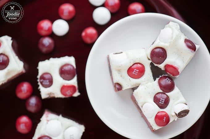 red-velvet-fudge-staged