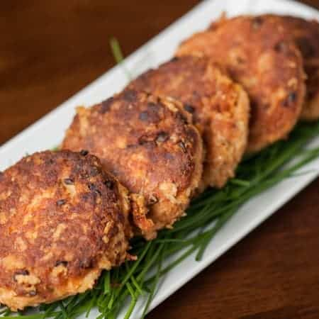 Salmon Patties (Salmon Cakes)
