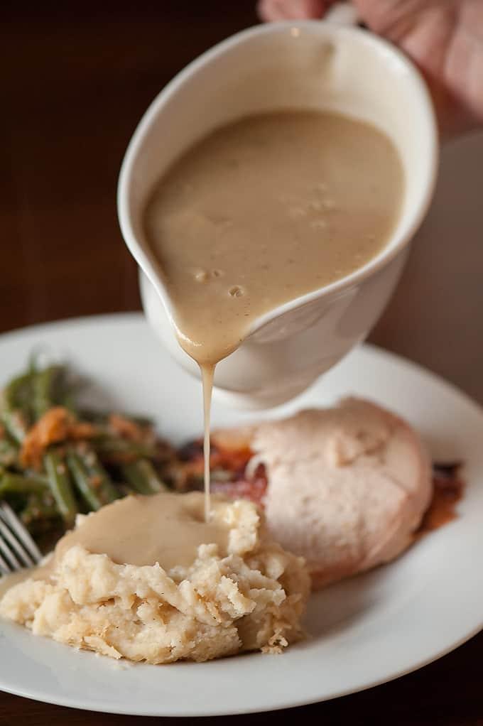 Savory Herb Turkey Gravy
