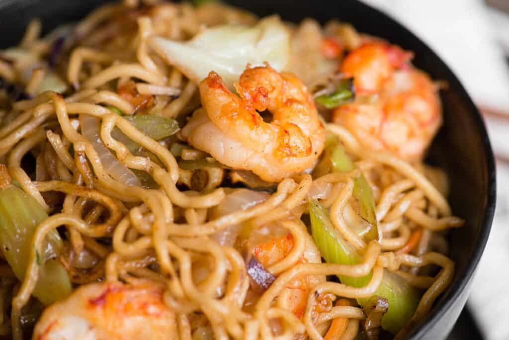 close up of shrimp chow mein